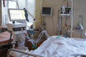 В Республиканский онкологический центр поступает суперсовременное оборудование