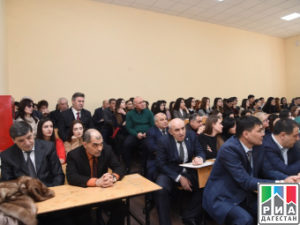 Хизри Шихсаидов дал разъяснения по поводу поправок в Конституции РФ
