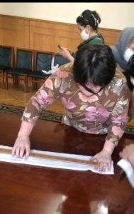 В Новолакском районе начали массовый пошив медицинских масок
