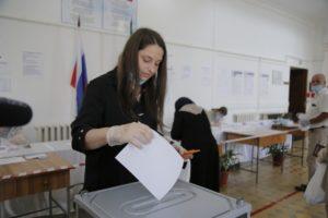 В Дербенте активно идет голосование по поправкам в Конституцию России