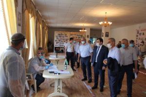 Глава Сулейман-Стальского района отметил высокую явку избирателей в основной день голосования по поправкам в Конституцию России