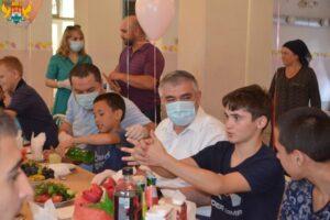 Суперфиналисты конкурса «Лидеры России – 2020» оказали благотворительную помощь махачкалинской школе-интернат