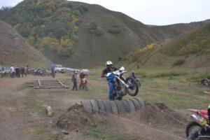В Акушинском районе прошел четвёртый Северо-Кавказский открытый чемпионат по мотоциклетному спорту Эндуро-кросс