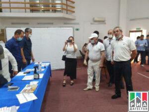 Члены Общественной палаты республики Дагестан проверили работу избирательного участка №1123 в Махачкале