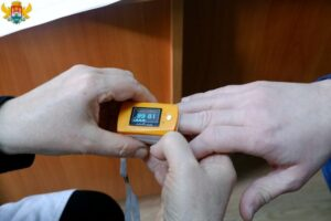Сотрудникам мэрии Махачкалы сделали прививки от коронавируса