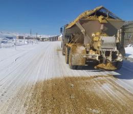 Более 300 единиц техники убрали снег на автодорогах в Дагестане