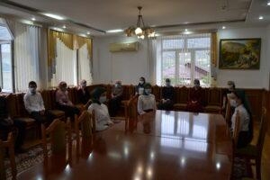 Глава Гергебильского района встретился с отличниками учебы
