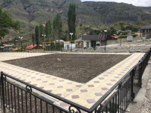 Еще две общественные зоны благоустраиваются в Гергебильском районе